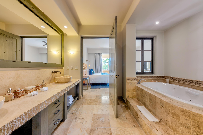 Las Residences Condo 2603-16