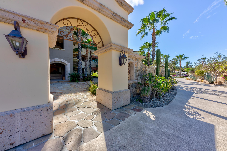 Las Residences Condo 2603-32