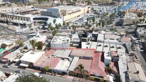 16 de septiembre, Comercial Centro, Cabo San Lucas,