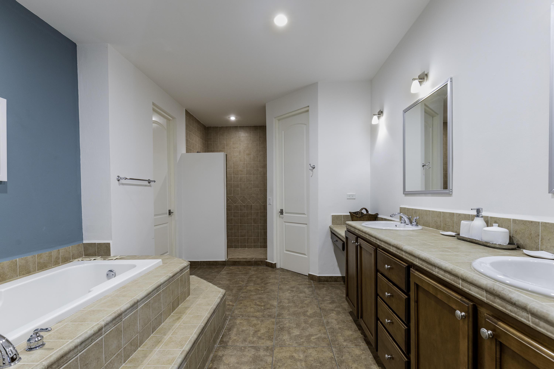 bathtub, similar unit