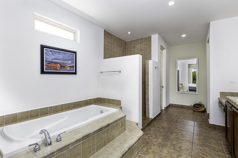 2nd bath model home