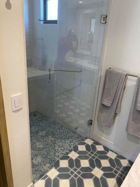 smaller shower