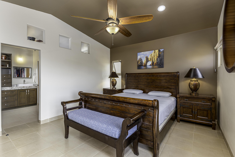 Primary Bedroom w/ En-suite