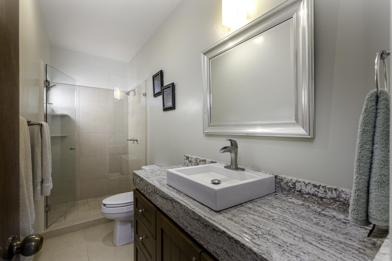 Common Bath for Second Floor