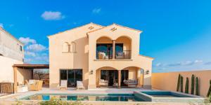 Aire House Rancho San Lucs