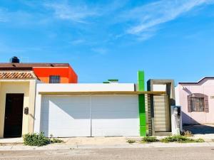 508 Calle del Nte, Casa en Venta en Camino Real, La Paz,