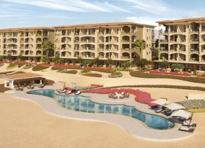 Mavila 3 Bed Condo, 4th Level - Pools Views