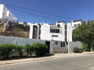 16 Blvd. Miguel Angel Herrera, Edificio de Oficinas y Departa, Cabo San Lucas,