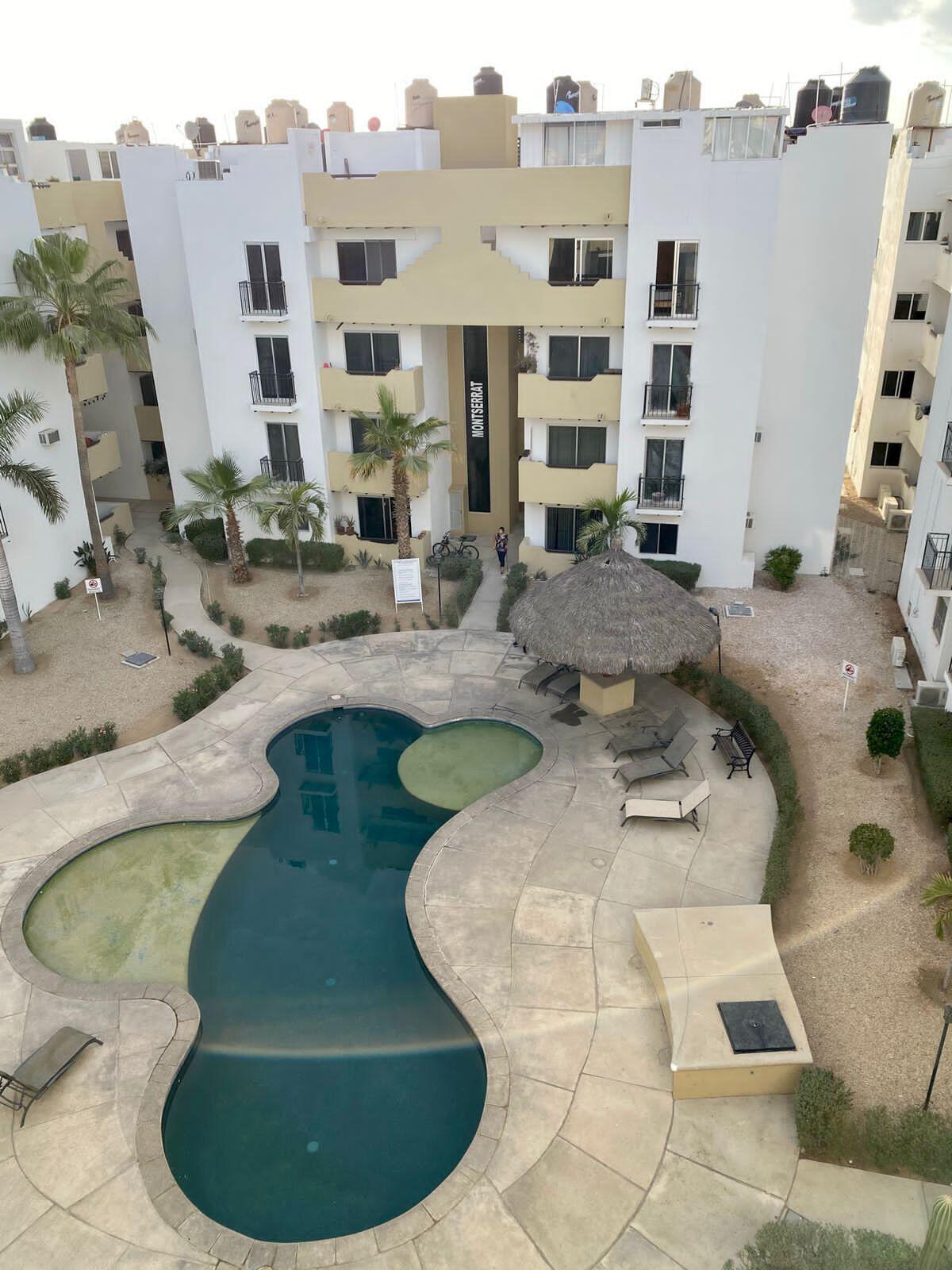 Penthouse, terraza, cuarto de servicio privado, balcon, bodega y super centrico, cuenta con seguridad 24/7, acceso controlado con tarjeta, area de alberca con palapa y camastros, ideal para rentas por Airbnb, 4to piso con elevador panoramico.