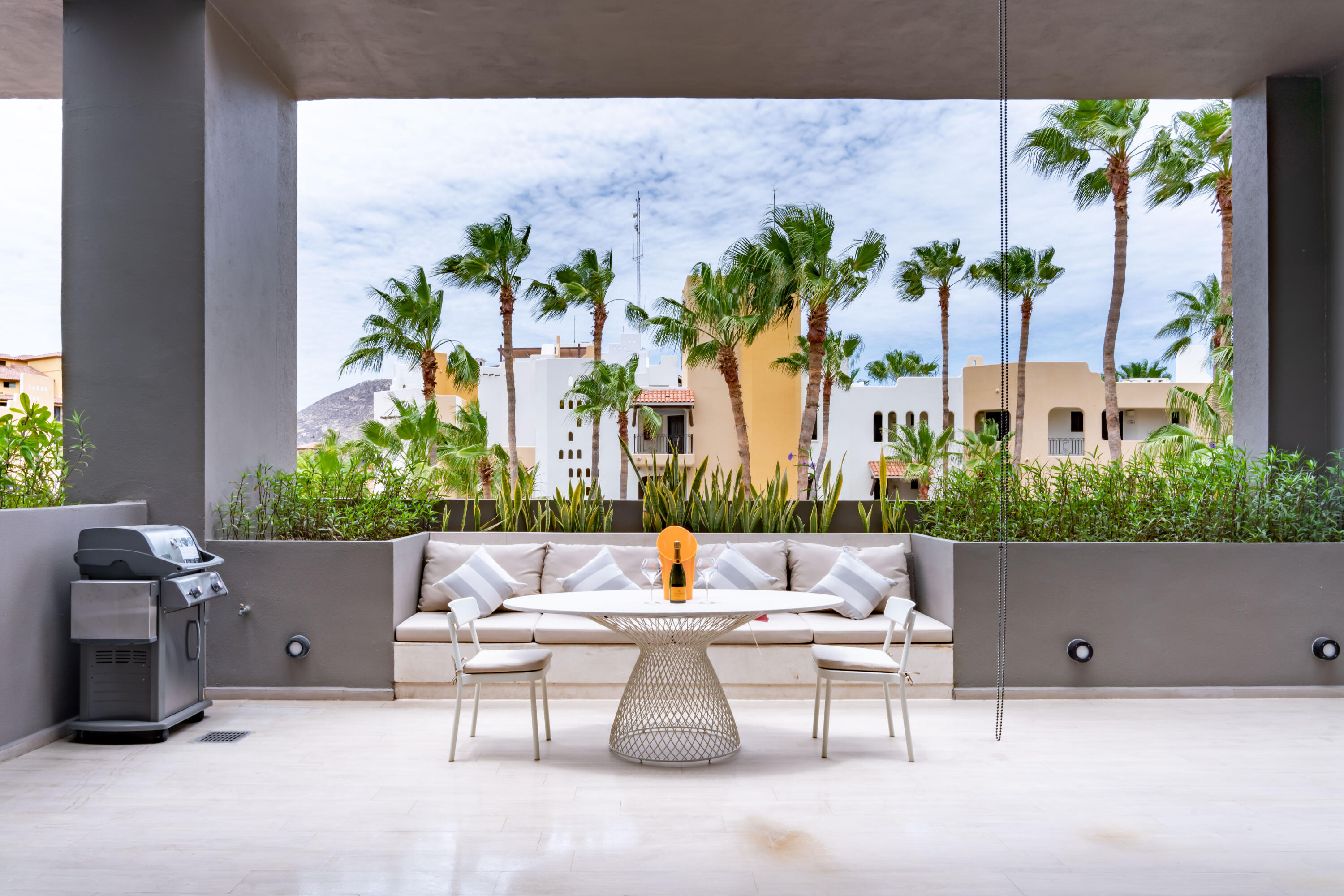 In the heart of the Marina District, is Cabo's hottest address, minutes from the sea and surrounded by shopping, restaurants and nightlife. This is more than a resort; this is life on the adventurous side. The Paraiso Residences BLISS phase comprehends 58 Unique luxury residences floor plans, spanning from contemporary one bedroom to spacious four-bedroom homes overlooking the Los Cabos Marina. From open kitchens to intimate gathering spots. Lay down and enjoy the full concierge service included with your new residence. Watch the famous Cabo Sunset on your new rooftop terrace. Living in the heart of Los Cabos Marina, definitely has its perks. Designed to be an extension of its surroundings, these residences are ideal for those looking to own a piece of Cabo that is close to everything.