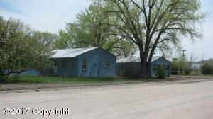 1102 4th Ave -, Upton, WY 82730