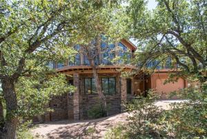 4364 Strawberry Hollow Drive, Pine, AZ 85544