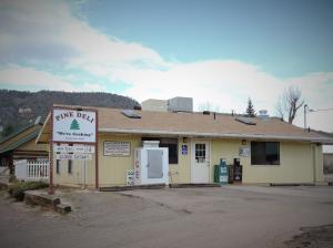 PINE DELI 6240 Hardscrabble Mesa Rd., Pine, AZ 85544