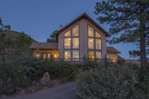 5409 W Dripping Springs Drive, Pine, AZ 85544