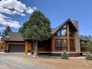 4385 Twin Oaks Loop, Happy Jack, AZ 86024