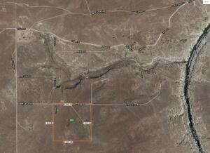 Close to East Clear Creek, McHood State Park, Winslow & only 28 miles from Happy Jack!