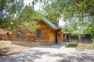 3390 APACHE Drive, Overgaard, AZ 85933