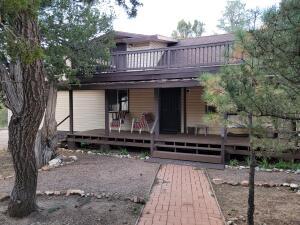 2938 BREEZY PINE Drive, Overgaard, AZ 85933
