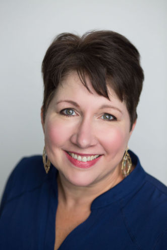 Cherie Straub agent image