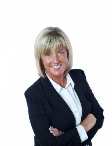 Karen Turner agent image