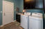 Nice mud room / laundry