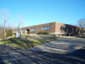 2401 E MCCARTY ST, JEFFERSON CITY, MO 65101
