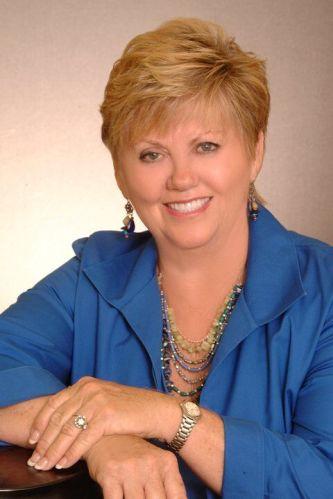 Vicky Shy agent image