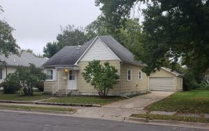 808 MONROE AVE, MOBERLY, MO 65270