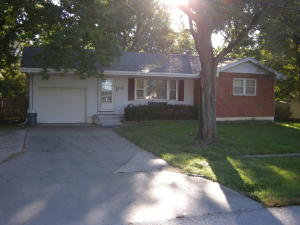 110 WESLEY AVE, HALLSVILLE, MO 65255