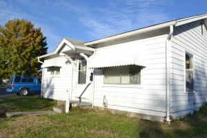 216 S 5TH ST, MOBERLY, MO 65270