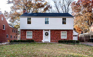 105 W PARKWAY DR, COLUMBIA, MO 65203