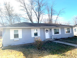 812 TULEY RD, MOBERLY, MO 65270