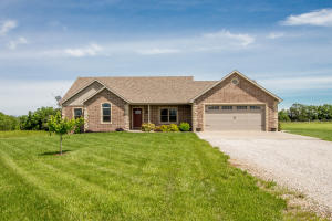 2131 STATE RD Y, NEW BLOOMFIELD, MO 65063