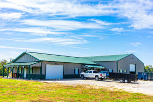 2001 STATE HWY 240, FAYETTE, MO 65248