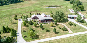 10486 OSAGE VALLEY RD, BUNCETON, MO 65237