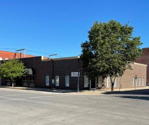 401 W REED ST, MOBERLY, MO 65270