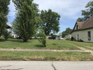 812 N AULT ST, MOBERLY, MO 65270