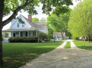 306 West Bay Road, Osterville, MA 02655