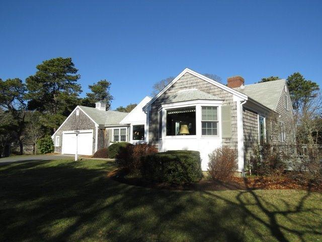 188  Woodland Way, North Chatham MA, 02650