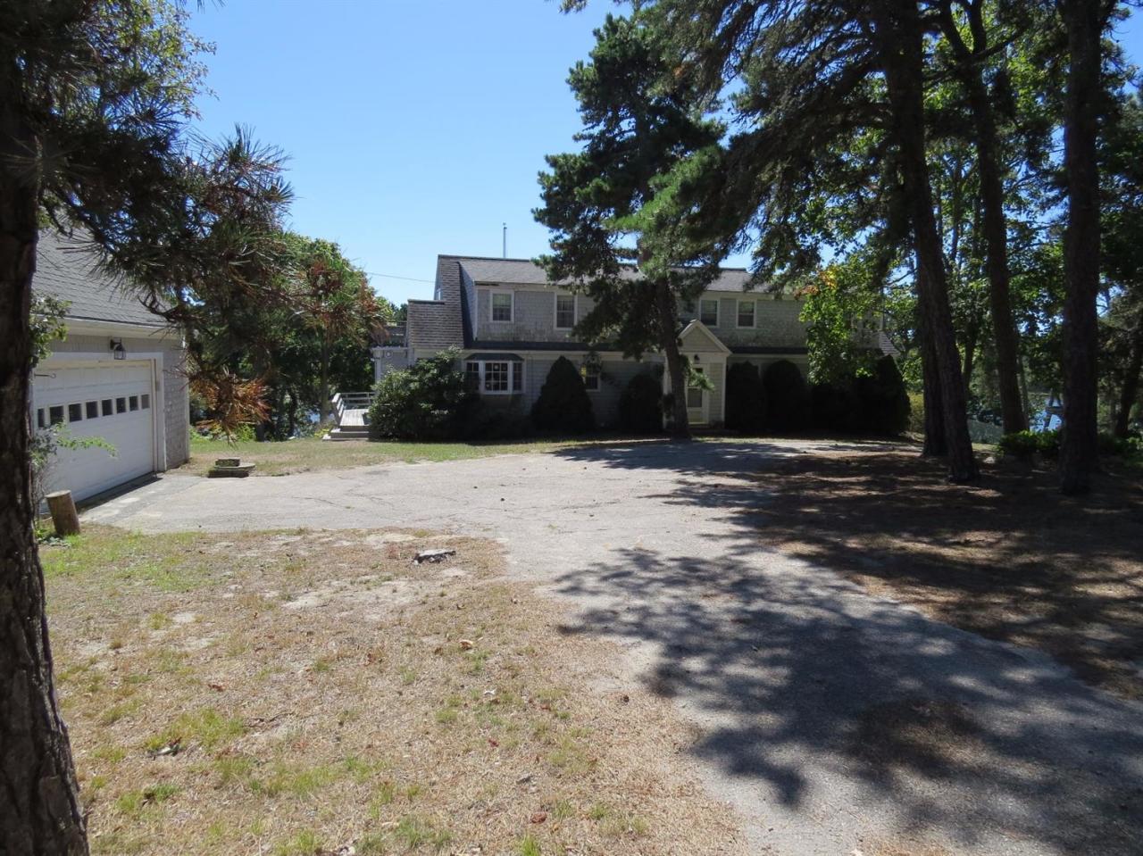 147  Woodland Way, North Chatham MA, 02650