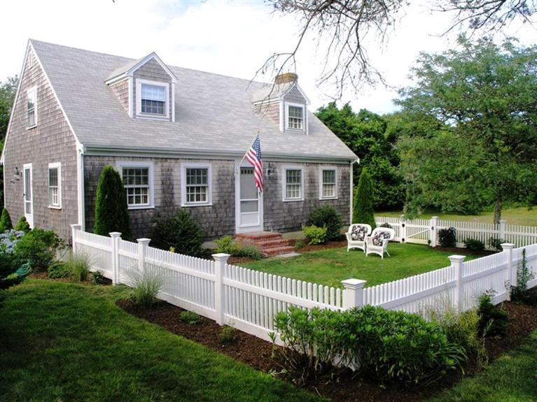 35  Inlet Road, Chatham MA, 02633