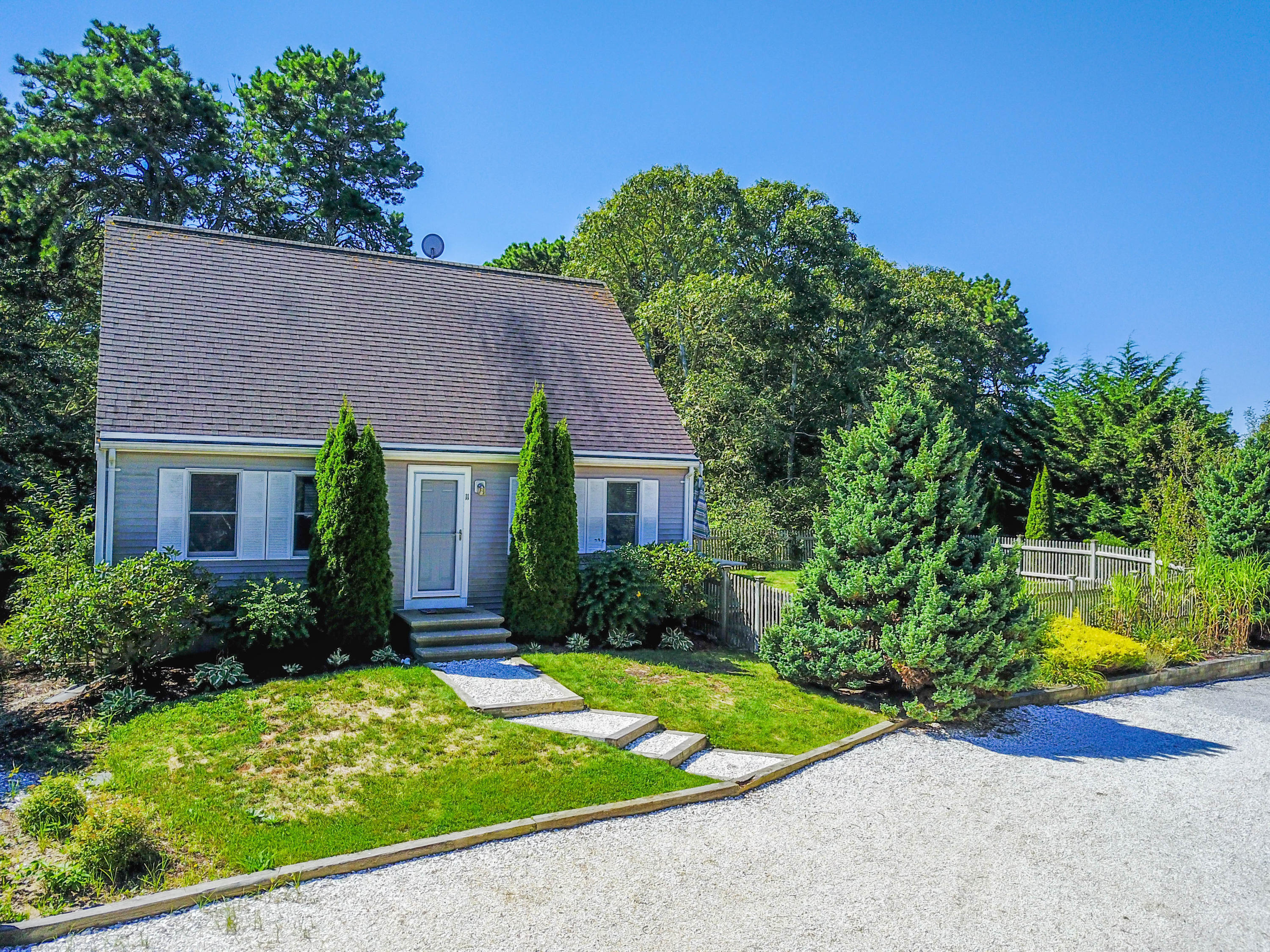 11 Bayberry Road, Harwich Port MA, 02646