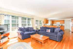 44 Osterville West Barnstable Road, Osterville, MA 02655