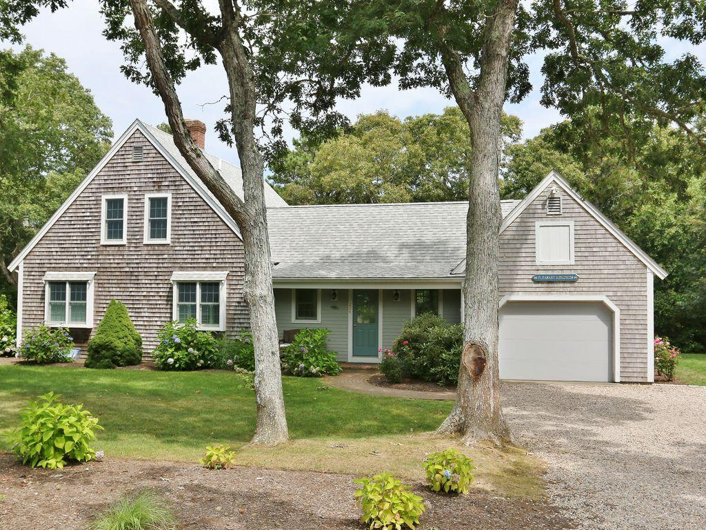 204 Old Comers Road, Chatham MA, 02633 - slide 2