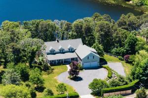 1711 Old Queen Anne Road, Chatham, MA 02633