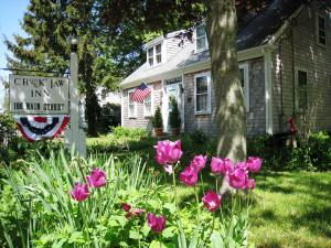 186 Route 6A, Yarmouth Port, MA 02675