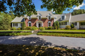 140 Bunker Hill Road, Osterville, MA 02655