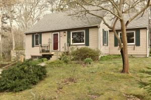 21 Captains Row, Orleans, MA 02653