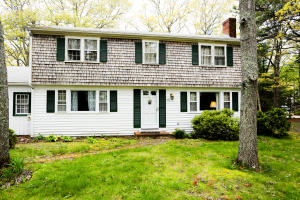 105 Old Strawberry Hill Road, Hyannis, MA 02601