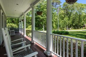 51 Seapuit Road, Osterville, MA 02655